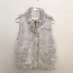 Thread & Supply Sherpa Nubby Ivory Vest NWT Medium